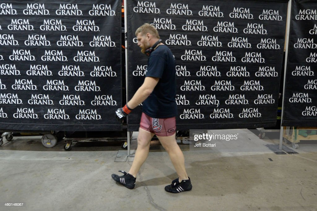 Josh Barnett warms up backstage prior to his heavyweight bout against Travis Browne during the UFC 168 event at the MGM Grand Garden Arena on December 28, 2013 in Las Vegas, Nevada.