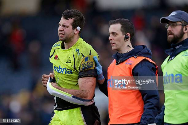 Josh Beaumont of Sale Sharks leaves the pitch with an arm injury following the Aviva Premiership match between Worcester Warriors and Sale Sharks at...