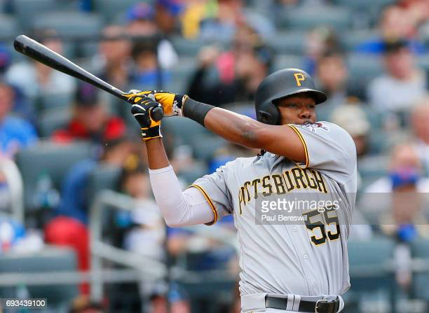 Josh Bell of the Pittsburgh Pirates bats in an MLB baseball game against the New York Mets on June 4 2017 at CitiField in the Queens borough of New...