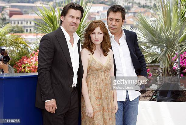 Josh Brolin Kelly Macdonald and Javier Bardem during 2007 Cannes Film Festival 'No Country for Old Men' Photocall at Palais des Festivals in Cannes...