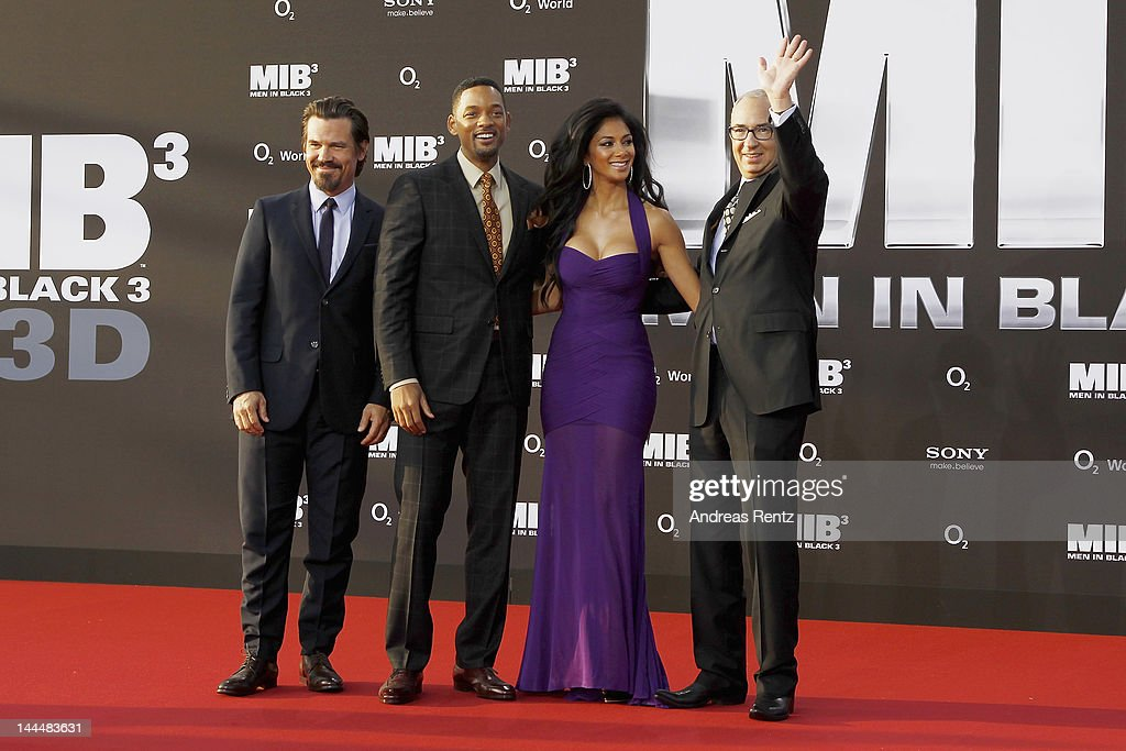 Josh Brolin, Will Smith, Nicole Scherzinger and director Barry Sonnenfeld arrive for the Men In Black 3 Germany Premiere at O2 World on May 14, 2012 in Berlin, Germany.