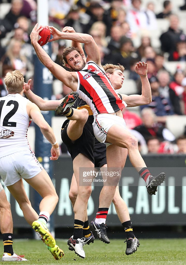 Josh Bruce of the Saints marks the ball during the round 22 AFL match between the Richmond Tigers and the St Kilda Saints at Melbourne Cricket Ground...