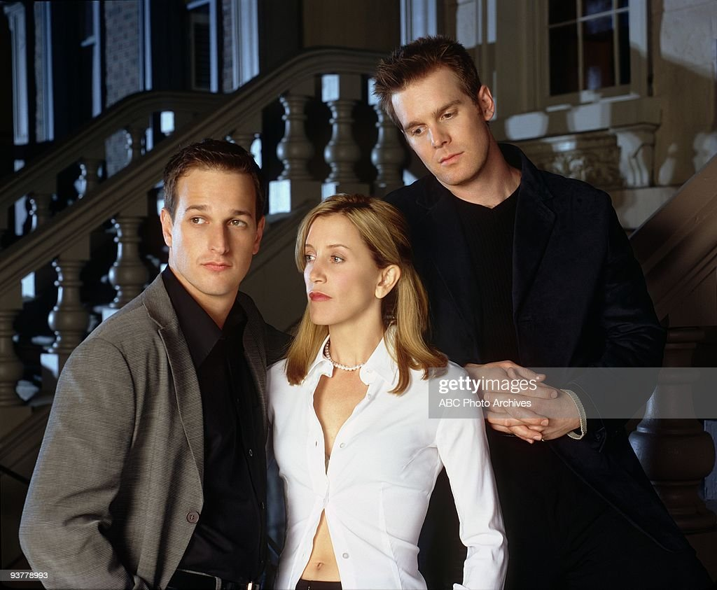 NIGHT 1998 2000 Josh Charles Felicity Huffman Peter Krause on the ABC Television Network comedy 'Sports Night' 'Sports Night' is a fictional sports...