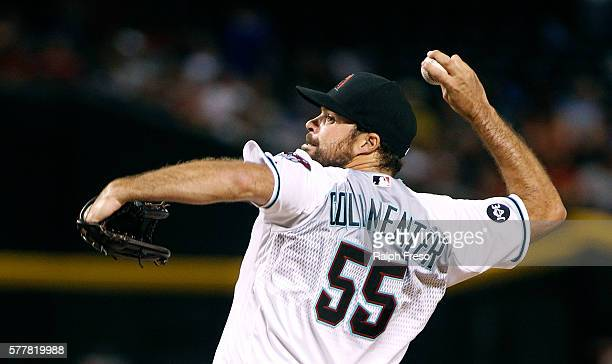 Josh Collmenter of the Arizona Diamondbacks pitches against the Los Angeles Dodgers during the eighth inning of a MLB game at Chase Field on July 15...