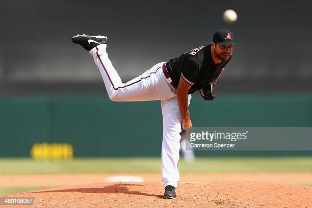 Josh Collmenter of the Diamondbacks pitches during the MLB match between the Los Angeles Dodgers and the Arizona Diamondbacks at Sydney Cricket...