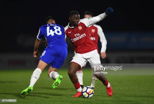 Josh Dasilva of Arsenal challenges Santiago Vera of Porto during the match between Arsenal U23 and Porto at Meadow Park on November 17 2017 in...