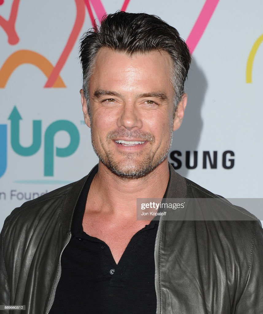 Josh Duhamel arrives at Goldie's Love In For Kids at Ron Burkle's Green Acres Estate on November 3, 2017 in Beverly Hills, California.