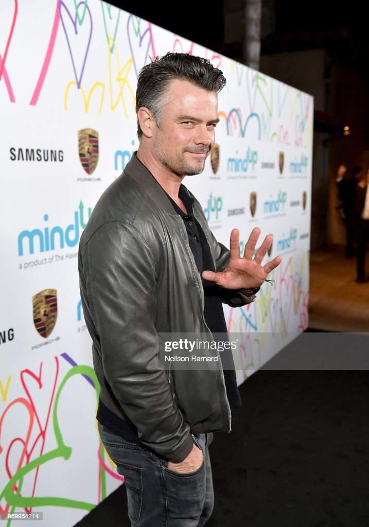 Josh Duhamel attends Goldie's Love In For Kids at Ron Burkle's Green Acres Estate on November 3, 2017 in Beverly Hills, California.