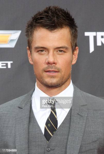 Josh Duhamel attends the 'Transformers Dark Of The Moon' premiere in Times Square on June 28 2011 in New York City