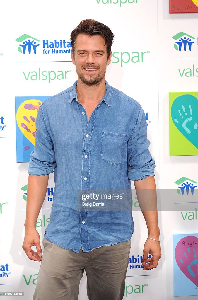 Josh Duhamel attends the Valspar Hearts and Hands for Habitat unveiling at Bath House Studios on August 19, 2013 in New York City.