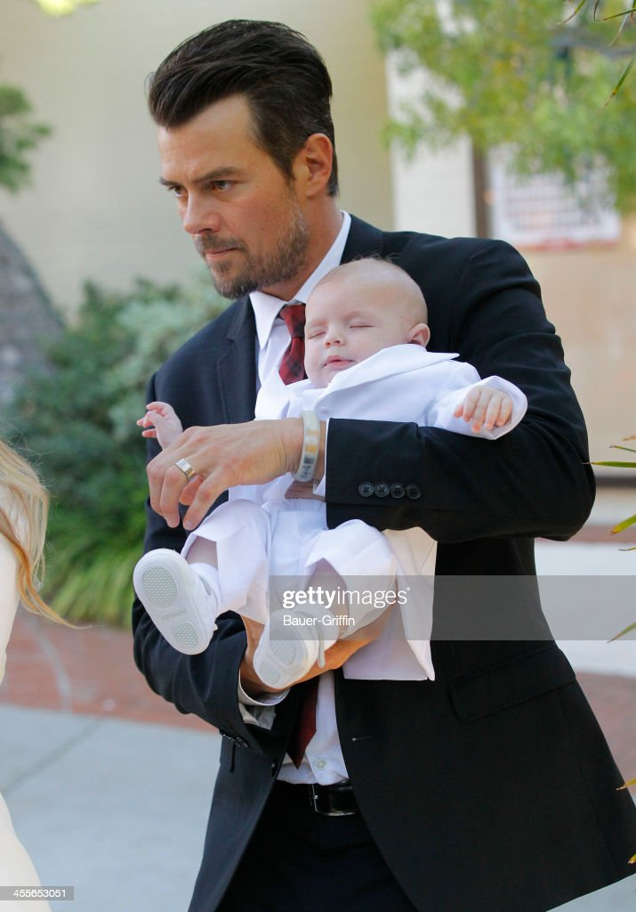 <a gi-track='captionPersonalityLinkClicked' href=/galleries/search?phrase=Josh+Duhamel&family=editorial&specificpeople=208740 ng-click='$event.stopPropagation()'>Josh Duhamel</a> with son Axl Duhamel are seen on December 12, 2013 in Los Angeles, California.