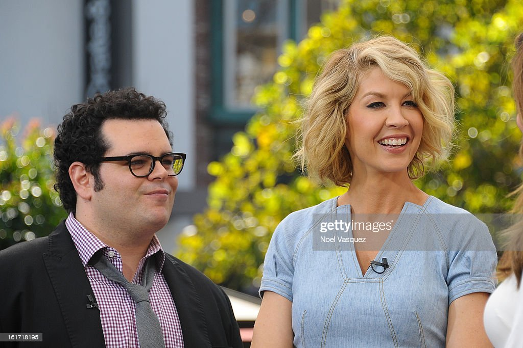 Josh Gad (L) and Jenna Elfman visit Extra at The Grove on February 14, 2013 in Los Angeles, California.
