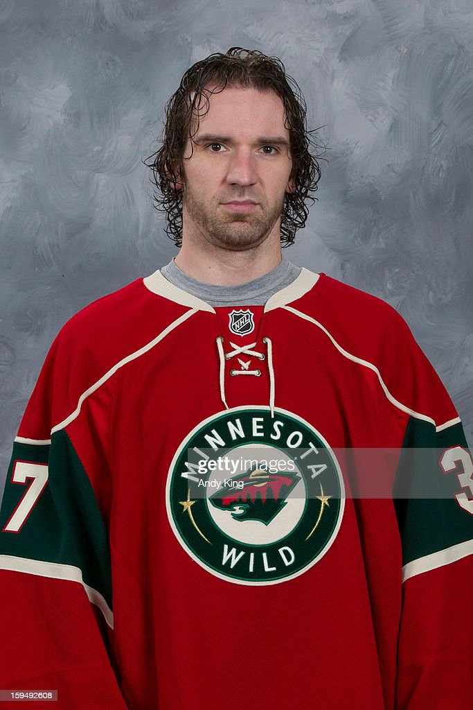 <a gi-track='captionPersonalityLinkClicked' href=/galleries/search?phrase=Josh+Harding&family=editorial&specificpeople=700587 ng-click='$event.stopPropagation()'>Josh Harding</a> #27 of the Minnesota Wild poses for his official headshot for the 2012-2013 season at the Xcel Energy Center on January 12, 2013 in Saint Paul, Minnesota.