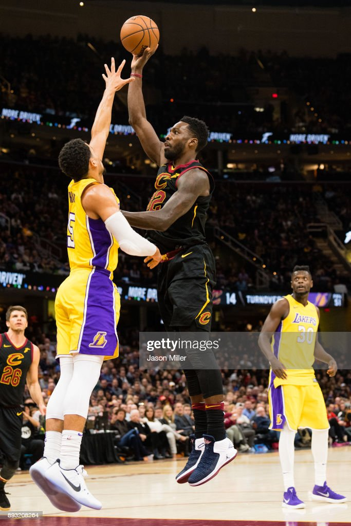 Josh Hart #5 of the Los Angeles Lakers tries to block Jeff Green #32 of the Cleveland Cavaliers during the second half at Quicken Loans Arena on December 14, 2017 in Cleveland, Ohio. The Cavaliers defeated the Lakers 121-112.
