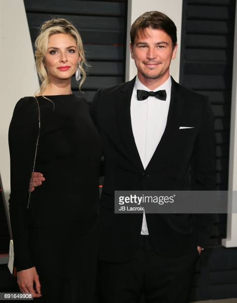 Josh Hartnett and Tamsin Egerton attend the 2017 Vanity Fair Oscar Party hosted by Graydon Carter at Wallis Annenberg Center for the Performing Arts...