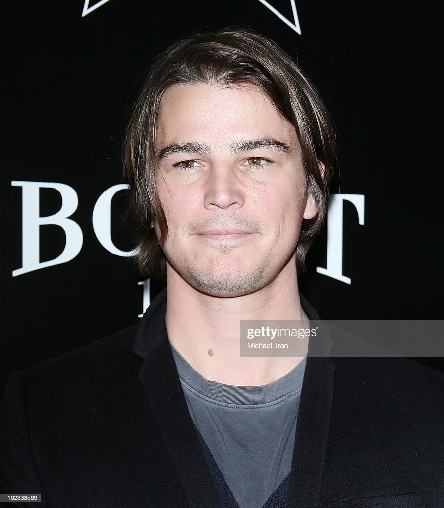 <a gi-track='captionPersonalityLinkClicked' href=/galleries/search?phrase=Josh+Hartnett&family=editorial&specificpeople=206503 ng-click='$event.stopPropagation()'>Josh Hartnett</a> arrives at the 6th Annual Hollywood Domino Pre-Oscar Gala & Tournament held at Sunset Tower on February 21, 2013 in West Hollywood, California.