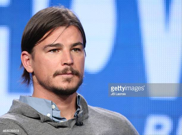 Josh Hartnett attends the 2014 TCA Winter Press Tour CBS/CW/Showtime Panels at The Langham Huntington Hotel and Spa on January 16 2014 in Pasadena...