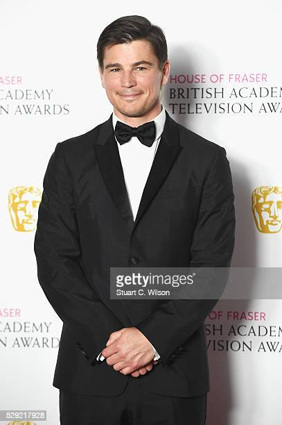 Josh Hartnett poses in the Winners room at the House Of Fraser British Academy Television Awards 2016 at the Royal Festival Hall on May 8 2016 in...