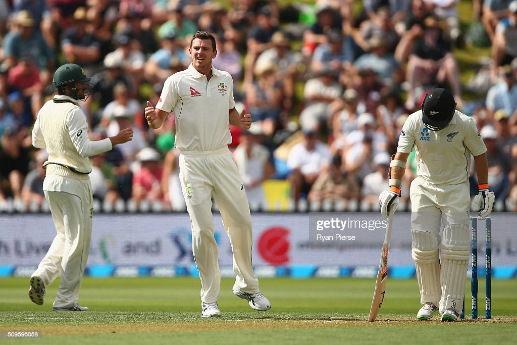 <a gi-track='captionPersonalityLinkClicked' href=/galleries/search?phrase=Josh+Hazlewood&family=editorial&specificpeople=4884811 ng-click='$event.stopPropagation()'>Josh Hazlewood</a> of Australia appeals for the wicket of <a gi-track='captionPersonalityLinkClicked' href=/galleries/search?phrase=Tom+Latham+-+Cricketspelare&family=editorial&specificpeople=13719242 ng-click='$event.stopPropagation()'>Tom Latham</a> of New Zealand during day one of the Test match between New Zealand and Australia at Basin Reserve on February 12, 2016 in Wellington, New Zealand.