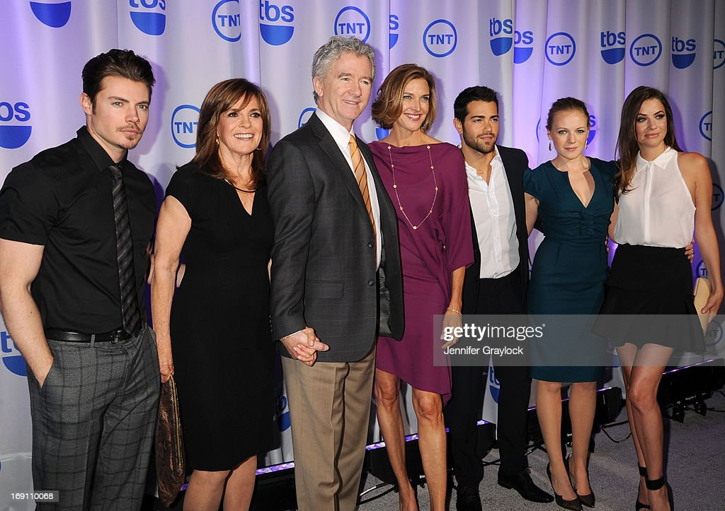 Josh Henderson, Linda Gray, Patrick Duffy, Brenda Strong, Jesse Metcalfe, Emma Bell and Julie Gonzalo attend the 2013 TNT/TBS Upfront presentation at Hammerstein Ballroom on May 15, 2013 in New York City.