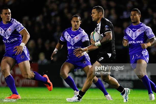 Josh Hoffman of New Zealand in action during the Rugby League World Cup Group B match between New Zealand and Samoa at the Halliwell Jones Stadium on...