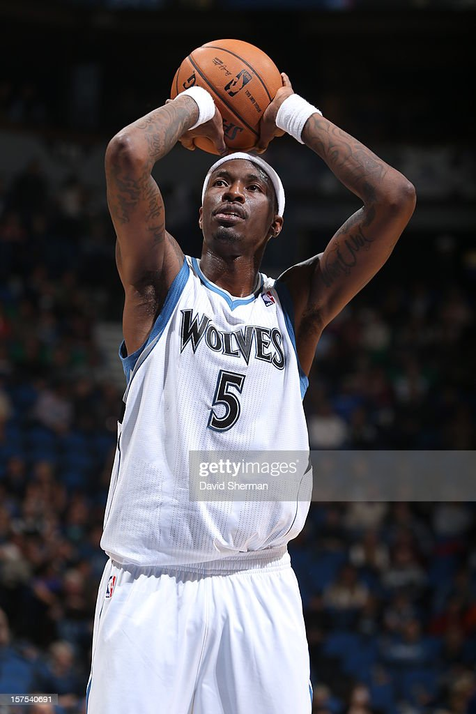 Josh Howard #5 of the Minnesota Timberwolves shoots a free throw against the Milwaukee Bucks during the game on November 30, 2012 at Target Center in Minneapolis, Minnesota.