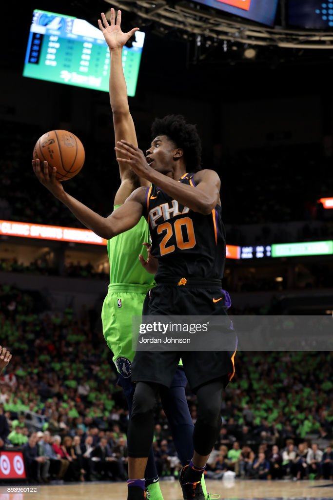Josh Jackson #20 of the Phoenix Suns goes to the basket against the Minnesota Timberwolves on December 16, 2017 at Target Center in Minneapolis, Minnesota.