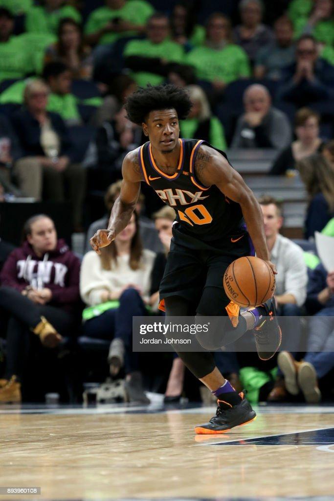 Josh Jackson #20 of the Phoenix Suns handles the ball against the Minnesota Timberwolves on December 16, 2017 at Target Center in Minneapolis, Minnesota.