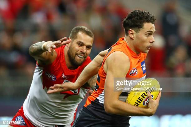 Josh Kelly of the Giants runs the ball during the round 17 AFL match between the Greater Western Sydney Giants and the Sydney Swans at Spotless...