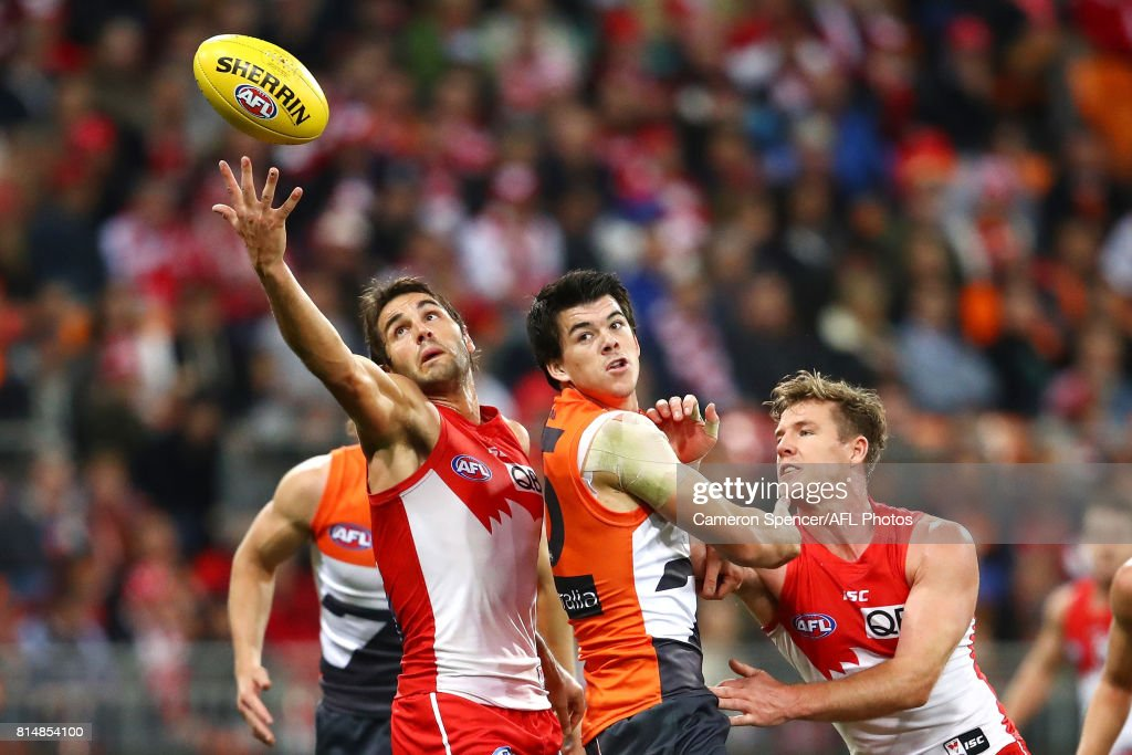 Josh Kennedy of the Swans reaches for the ball during the round 17 AFL match between the Greater Western Sydney Giants and the Sydney Swans at Spotless Stadium on July 15, 2017 in Sydney, Australia.