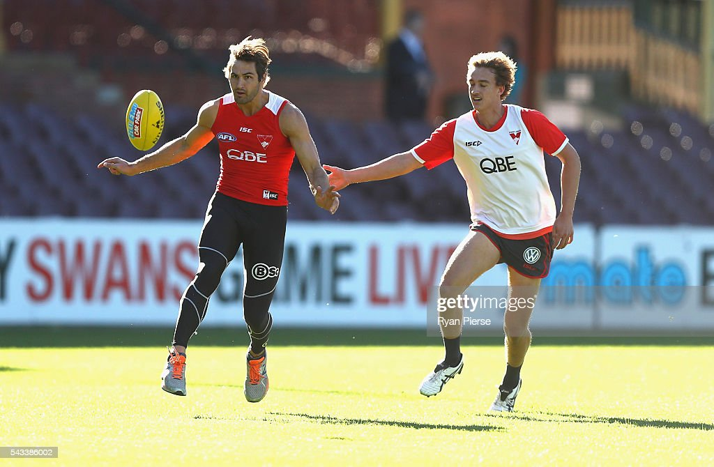 Josh Kennedy of the Swans trains during a Sydney Swans AFL training session at Sydney Cricket Ground on June 28, 2016 in Sydney, Australia.