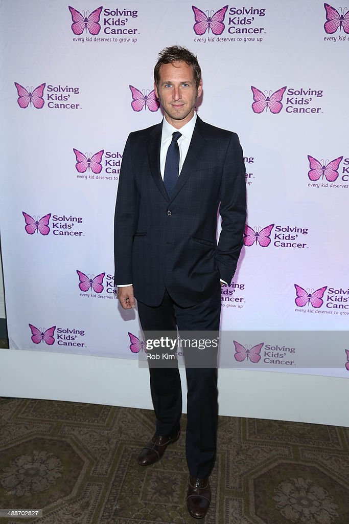 <a gi-track='captionPersonalityLinkClicked' href=/galleries/search?phrase=Josh+Lucas&family=editorial&specificpeople=216514 ng-click='$event.stopPropagation()'>Josh Lucas</a> attends the fifth annual Solving Kids' Cancer Spring Celebration at 583 Park Avenue on May 7, 2014 in New York City.