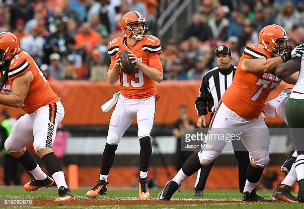 Josh McCown of the Cleveland Browns looks to pass during the first quarter against the New York Jets at FirstEnergy Stadium on October 30 2016 in...