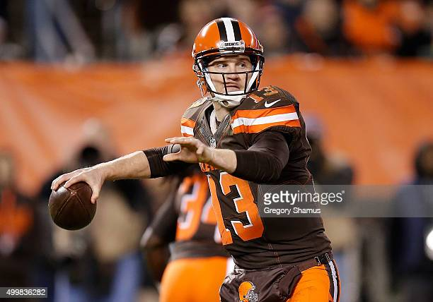Josh McCown of the Cleveland Browns looks to pass during the game against the Baltimore Ravens at FirstEnergy Stadium on November 30 2015 in...