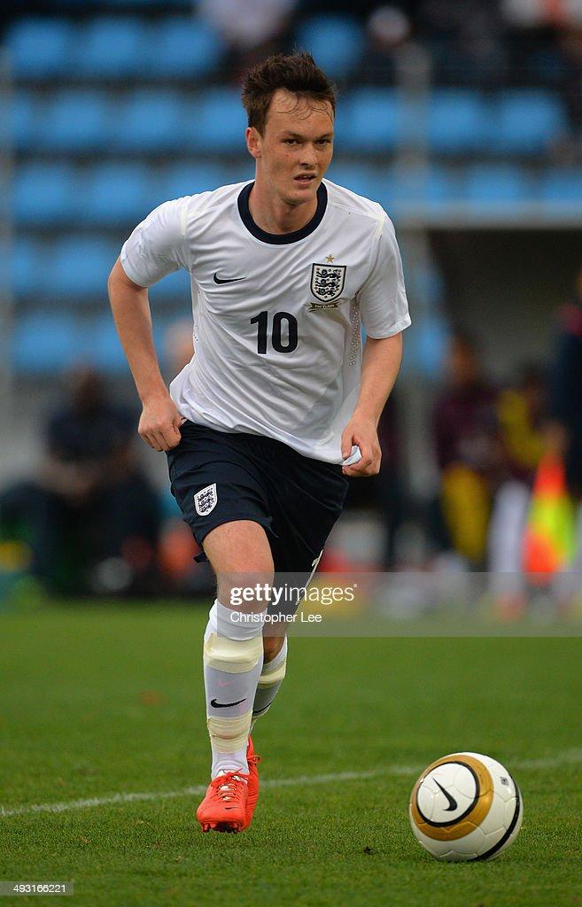 England v Qatar - Toulon Tournament Group B