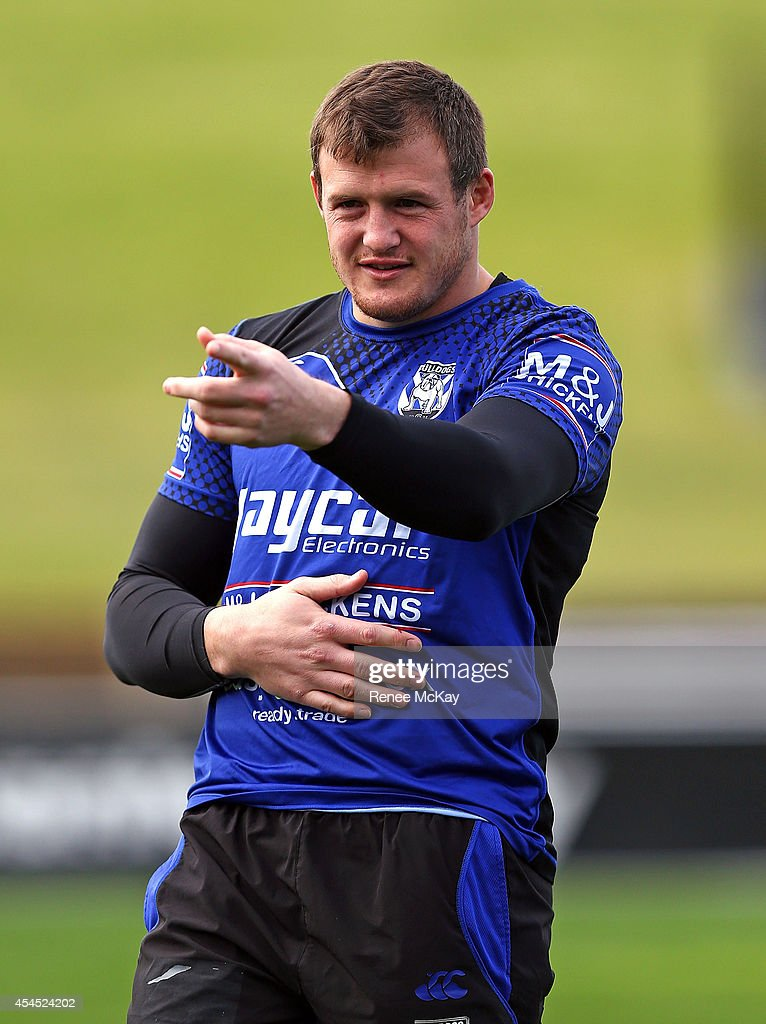 Josh Morris arrives at a Canterbury Bulldogs NRL training session at Belmore Sports Ground on September 3, 2014 in Sydney, Australia.