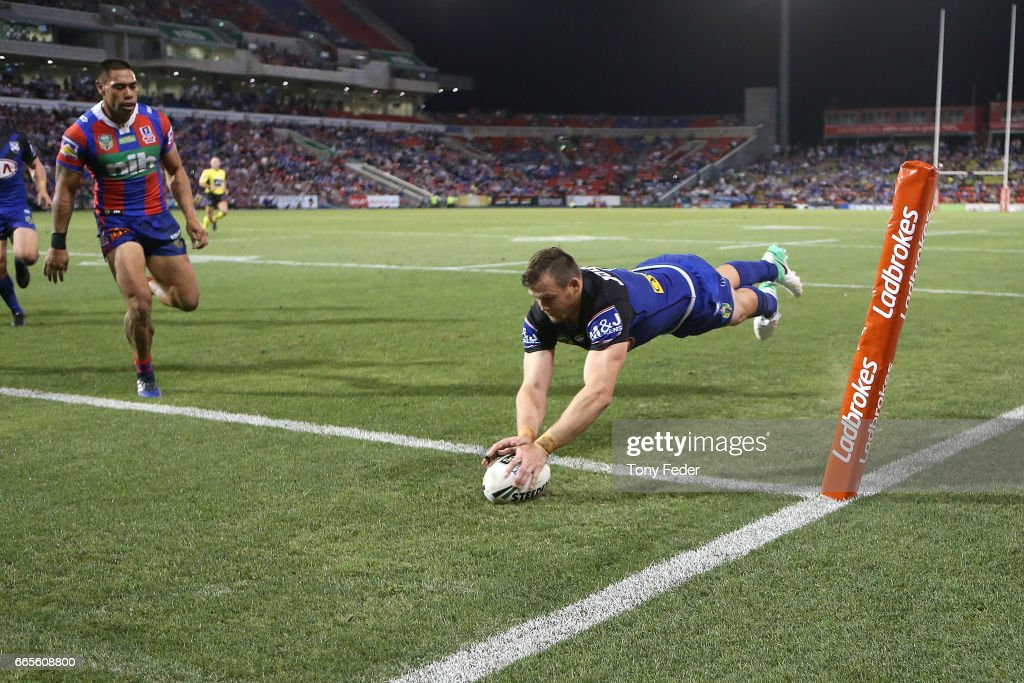 NRL Rd 6 - Knights v Bulldogs