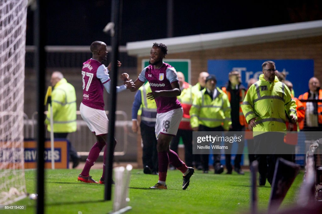 Josh Onomah of Aston Villa scores for Aston Villa during the Sky Bet Championship match between Burton Albion and Aston Villa at the Pirelli Stadium on September 26, 2017 in Burton, England.