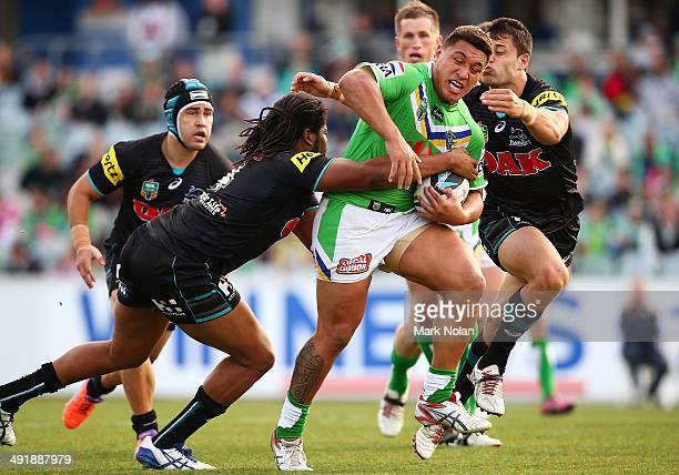 Josh Papalii of the Raiders runs the ball during the round 10 NRL match between the Canberra Raiders and the Penrith Panthers at GIO Stadium on May...