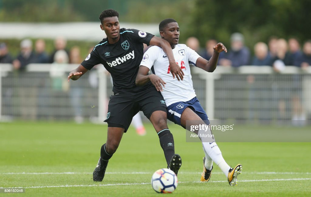 Josh Pask of West Ham and Shilow Tracey of Tottenham during the Premier League 2 match between Tottenham Hotspur and West Ham United at Tottenham Hotspur Training Centre on August 21, 2017 in Enfield, England.