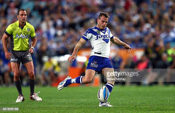 Josh Reynolds of the Bulldogs attempts a field goal during the NRL Elimination Final match between the Canterbury Bulldogs and the St George...