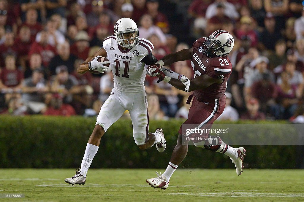Josh Reynolds #11 of the Texas A&M Aggies against the South Carolina Gamecocks during their game at Williams-Brice Stadium on August 28, 2014 in Columbia, South Carolina. Texas A&M won 52-28.