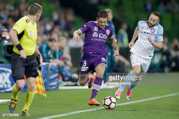 Josh Risdon of Perth Glory breaks down the sideline during the ALeague Elimination Final match between Melbourne City FC and the Perth Glory at AAMI...