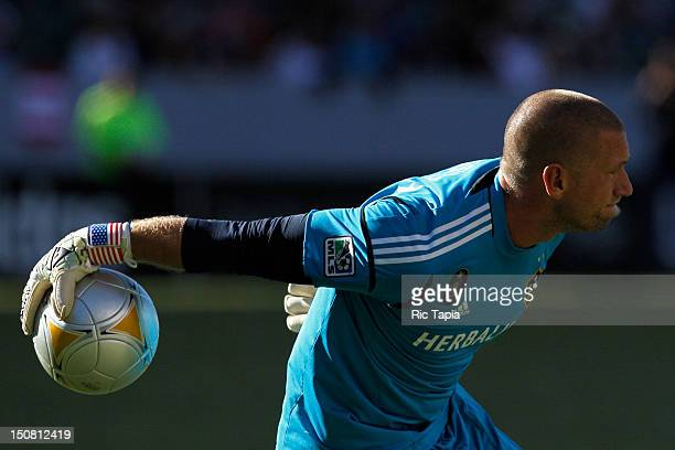 Josh Saunders of Los Angeles Galaxy throws the ball in play during the MLS match against FC Dallas at The Home Depot Center on August 26 2012 in...