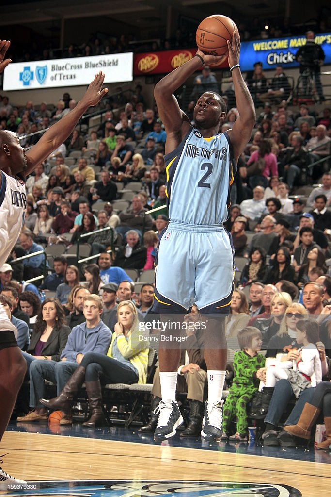 <a gi-track='captionPersonalityLinkClicked' href=/galleries/search?phrase=Josh+Selby&family=editorial&specificpeople=6902823 ng-click='$event.stopPropagation()'>Josh Selby</a> #2 of the Memphis Grizzlies shoots a jumper against <a gi-track='captionPersonalityLinkClicked' href=/galleries/search?phrase=Mike+James+-+Basketball+Player+-+Born+1975&family=editorial&specificpeople=13541391 ng-click='$event.stopPropagation()'>Mike James</a> #13 of the Dallas Mavericks on January 12, 2013 at the American Airlines Center in Dallas, Texas.