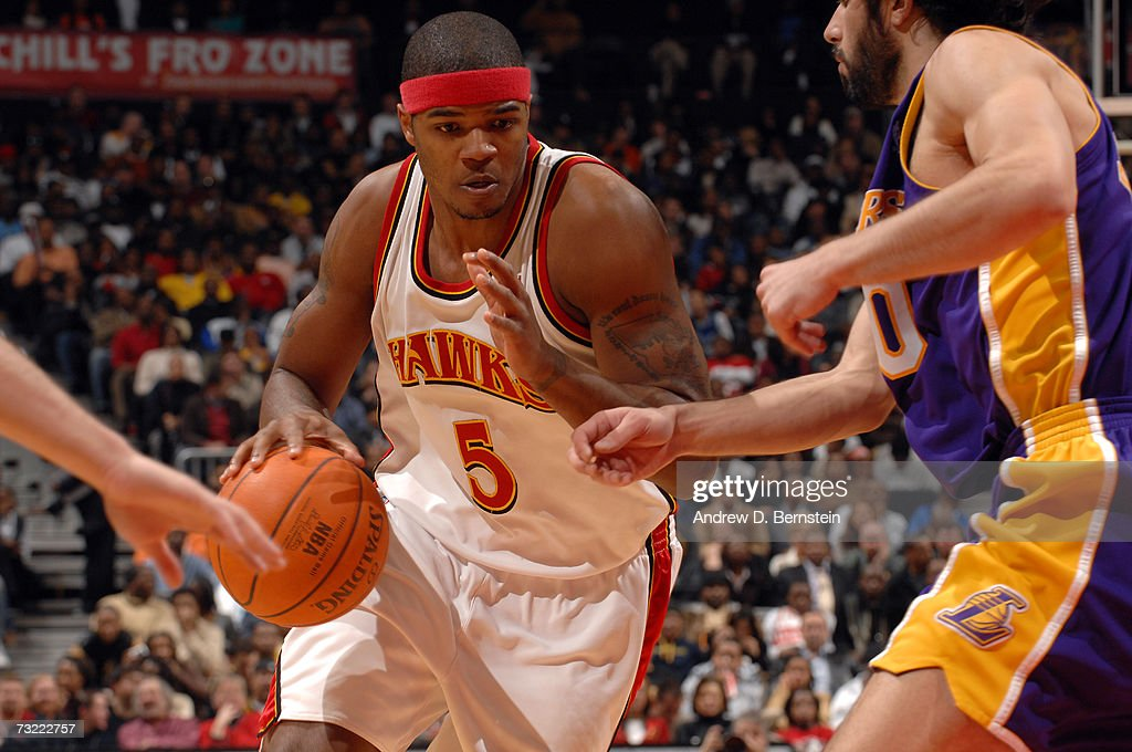 Josh Smith of the Atlanta Hawks drives against the Los Angeles Lakers on February 5 2007 at Philips Arena in Atlanta Georgia NOTE TO USER User...