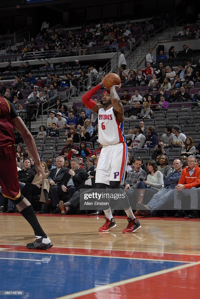 <a gi-track='captionPersonalityLinkClicked' href=/galleries/search?phrase=Josh+Smith+-+Basketball+Player+-+Born+1985&family=editorial&specificpeople=201983 ng-click='$event.stopPropagation()'>Josh Smith</a> #6 of the Detroit Pistons shoots against the Cleveland Cavaliers on March 26, 2014 at The Palace of Auburn Hills in Auburn Hills, Michigan.