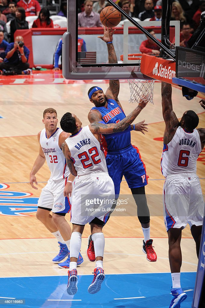 Josh Smith #6 of the Detroit Pistons shoots during a game against the Los Angeles Clippers at STAPLES Center on March 22, 2014 in Los Angeles, California.