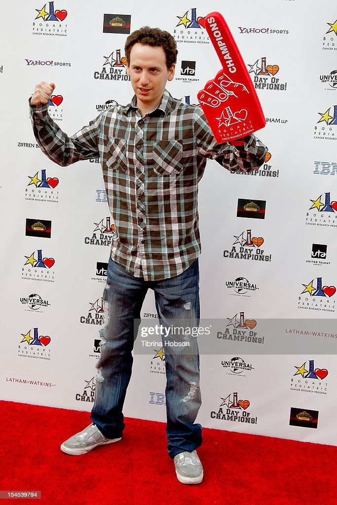 <a gi-track='captionPersonalityLinkClicked' href=/galleries/search?phrase=Josh+Sussman&family=editorial&specificpeople=5756661 ng-click='$event.stopPropagation()'>Josh Sussman</a> attends Yahoo! Sports presents 'A Day Of Champions' benefiting the Bogart Pediatric Cancer Research Program at Sports Museum of Los Angeles on October 21, 2012 in Los Angeles, California.
