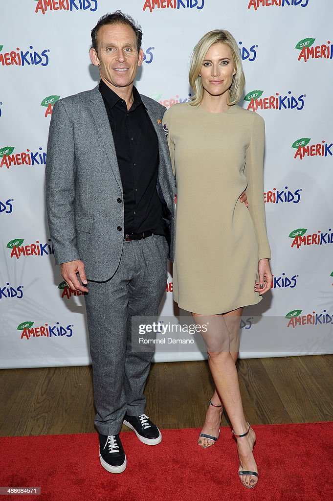 Josh Taekman and Kristen Taekman attend the CampAmeriKids 2014 Spring Benefit at Donna Karen's Stephen Weiss Studio on May 7, 2014 in New York City.